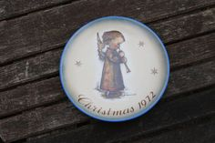 Sister Bertha Hummel Christmas Plate Vintage by Christmas Plates, Vintage 70s, Decorative Plates, Sisters, Home Decor, Decoration Home, Room Decor, Daughters, Big Sisters