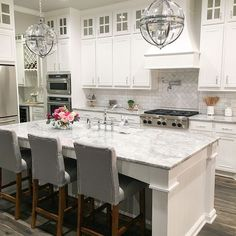 Supreme Kitchen Remodeling Choosing Your New Kitchen Countertops Ideas. Mind Blowing Kitchen Remodeling Choosing Your New Kitchen Countertops Ideas. Home Decor Kitchen, New Kitchen, Home Kitchens, Kitchen Paint, Kitchen Ideas, Kitchen Colors, Kitchen Tips, Kitchen Planning, Eclectic Kitchen