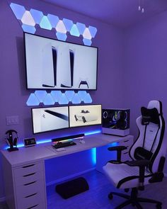 Gaming Desk Setup, Computer Gaming Room, Best Gaming Setup, Pc Setup, Bedroom Games, Bedroom Setup, Gamer Room, Pc Gamer, Small Game Rooms
