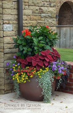 Stunning Container Gardening Ideas Beautiful blossoms are a sure sign of Spring, and soon enough we will all be able to enjoy brightly adorned gardens. If you love container gardening, then this list of ideas just may inspire you w…Beautiful blossoms are Large Flower Pots, Flower Planters, Garden Planters, Concrete Planters, Porch Planter, Herb Garden, Big Planters, Large Garden Pots, Planter Pots