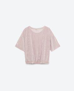Image 8 of CROPPED VELVET T-SHIRT from Zara