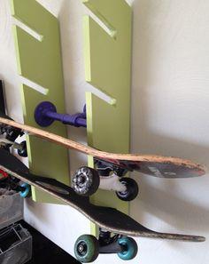GroBartig DIY Skateboard Rack