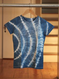 Rit Dyed Shibori Dye T-Shirt tutorial by Ritster Dianne Giancola via her studio at RitStudio.com