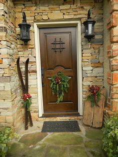 skiis and sled at entry, we love the brick work and the stone job of course, the stone geeks we are at Decorado stone. Simple yet exquisite ! kudos !