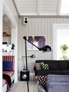 Neljä mielenkiintoista kotia täynnä hyviä ideoita. Koti Tanskasta Tanskalainen Stine Langvald on stailannut tämän kodin. Todella miele...