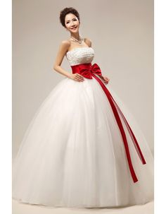 Find elegant beaded ball gown strapless floor length organza satin wedding dresses with sashes, full length wedding dresses, wedding dresses at discount prices Wedding Dress Quiz, Making A Wedding Dress, Dream Wedding Dresses, Bridal Dresses, Wedding Gowns, Black White Wedding Dress, Wedding Dress Patterns, Fashion Moda, Unique Dresses