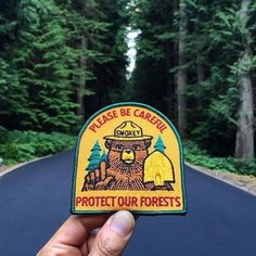Keegan Jones has a mission in mind. His goal, inspired by exploration and his love of patches, is to collect 200 images of travel patches from national parks and other points of interest all over the world. Cute Patches, Pin And Patches, Iron On Patches, Jacket Patches, Patch Jeans, Smokey The Bears, Embroidery Patches, Embroidered Patch, Cool Pins