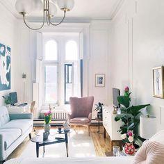 """274 Me gusta, 3 comentarios - Miv Interiores (@mivinteriores) en Instagram: """"Un mini apartamento de tan solo 47m2 con un dulce estilo Mid-century. #miv #mivinteriores…"""""""
