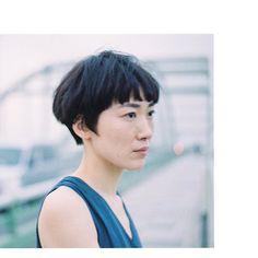 BRIDGE  小松圭介 丁度良い重さと軽さのバランスで作るマッシュショート☘️ カットする側の技術とセンスがそのまま出るショートヘア こだわりを持って仕事しております。 #komatsukeisuke  #muji #アーツアンドサイエンス #中川政七商店 #ミナペルホネン #ショートヘア #ショートカット #黒髪ショート
