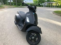 Vespa Gts, Motorcycle, Bike, Cars, Vehicles, Motor Scooters, Bicycle, Autos, Motorcycles