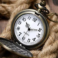 Wholesale Black Pirate Skull Sword Knife Quartz Fashion Fob Pocket Watch Man Retro Big Size Bronze Color Vintage Hour Watches Watches