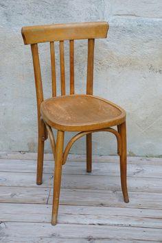 CHAISE DE BISTROT : en vente sur le site www.weartgalerie.com