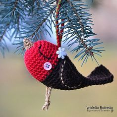 Check out this item in my Etsy shop https://www.etsy.com/listing/261276154/crochet-robin-bird-ornament-pattern-diy