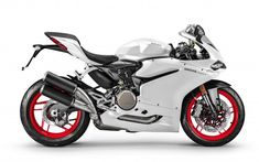 The 2016 Ducati 959 Panigale carries on from the 899 Panigale with a host of changes to the engine and bodywork. The 959 Panigale was reworked to pass Moto Ducati, Ducati Motos, New Ducati, Ducati Motorcycles, Volkswagen, Course Moto, Sportbikes, Hot Bikes, Street Bikes