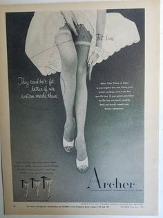 """1942 Woman Modelling Brassiere and Girdle 2 Vintage Old Photo 8.5/"""" x 11/"""" Reprint"""