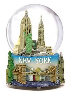 "Musical New York City Snow Globe with Statue of Liberty, Empire State Building, Landmarks,  Plays ""New York, New York"""