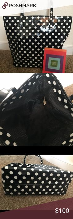 Authentic Kate Spade bag This is a brand New bag I have never used took tags off tho but I guarantee its been never used i paid $125 its yours for only $100. kate spade Bags Totes