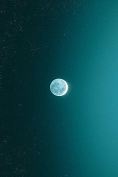 "lsleofskye:  ""a moon the glow with the stars | bryanadamc  """