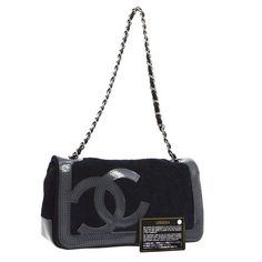Chanel CC Chain Shoulder Bag Chanel Bag Sale, Chanel Tote Bag, Orlando, Authentic Chanel Bags, Italian Luxury Brands, Real Real, Chanel News, Chain Shoulder Bag, Vintage Chanel