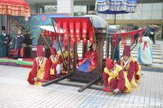 Korean traditional wedding - entrance of the queen