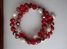 Perla de rio y cuentas rojas..