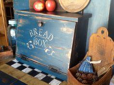 Bread Box Vintage Kitchen Wood Storage Bin Container Home Food Keeper Wooden Wooden Bread Box, Vintage Bread Boxes, Wooden Boxes, Log Home Kitchens, Home Remodeling Diy, Wood Storage, Diy Box, Wooden Diy, Vintage Kitchen