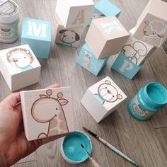 Adorable personalized baby blocks with just a hint of colour. Diy Baby Gifts, Baby Crafts, Baby Shower Gifts, Diy And Crafts, Diy For Kids, Gifts For Kids, Wooden Cubes, Baby Painting, Handmade Toys