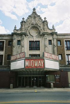 Abandoned Midway Theatre in Rockford, Illinois Abandoned Places In The Uk, Abandoned Buildings, Wisconsin Vacation, Lake Michigan, Places Ive Been, Places To Go, Rockford Illinois, Haunted Places, Movie Theater
