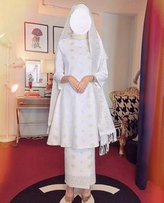 Malay Wedding Dress, Kebaya Wedding, Muslimah Wedding Dress, Muslim Wedding Dresses, Disney Wedding Dresses, Elegant Wedding Dress, White Wedding Dresses, Hijab Bride, Muslim Brides