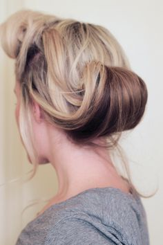 Rockability Roll: A Pin-Up Hair Tutorial