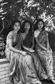 Henri Cartier-Bresson, Tara Pandit, Krishna Roy et RIta Pandit, New York, USA, 1947. © Henri Cartier-Bresson/Magnum Photos.