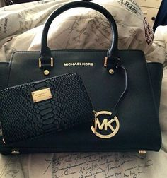 A Wide Range of Nice & Luxury #Michael #Kors #Outlet is Waitting For You