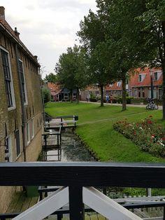 Een echt Fries dorpje - Hindelopen centrum 2016