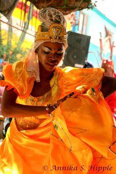 Rumba dancer, Callejón de Hamel, Havana, Cuba