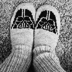 Kuvahaun tulos haulle arne Socks, Fashion, Moda, Fashion Styles, Sock, Stockings, Fashion Illustrations, Ankle Socks, Hosiery
