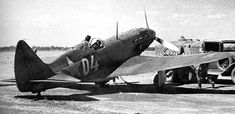 MiG-3 repostando combustible