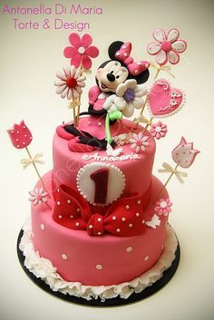 Minnie Mouse Cake made by Antonella Di Maria Torte & Design Minni Mouse Cake, Mickey And Minnie Cake, Minnie Mouse Birthday Cakes, Bolo Minnie, Mickey Cakes, Birthday Cake Girls, 2nd Birthday, Birthday Ideas, Pretty Cakes