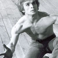 Rudolf Noureev dansant Le Jeune Homme et la Mort 1966 - avec Zizi Jeanmaire - Photo : Jurgen-Vollmer