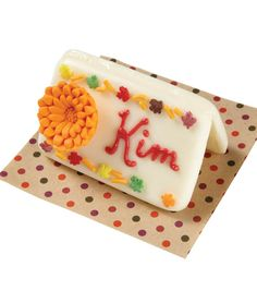 These name cards would be so cute for a Halloween party or at Thanksgiving! @Wilton Cake Decorating Cake Decorating