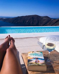 Heaven is closer when it comes to times like these..🌞📘💙👙🍹👌🔝 Photo thanks to @susieyoga