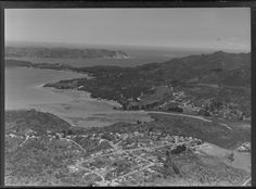 Laingholm Central, West Auckland, NZ. 1964. Showing Tane Rd at bottom centre. Whites Aviation Ltd Photo WA-63112-G. Alexander Turnbull Library, Wellington, NZ. http://natlib.govt.nz/records/22715298