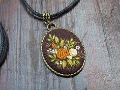 Embroidered Gold Roses necklace vintage by EmbroideredJewerly