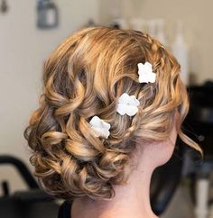 Quinceanera Hairstyles for Curly Hair