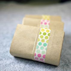 Simply wrap soap bars with kraft paper and washi tape, for a lovely home staycation mood.