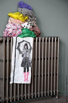 Torchon / Tea towel Rainette - © la cerise sur le gâteau - Anne Hubert - photo: Coco Amardeil