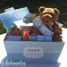 #Caja #nacimientos con #golosinas #souvenir #candybar Galletas Cookies, Container, Bar, 15 Years, Births, Sachets, Crates, Sweets