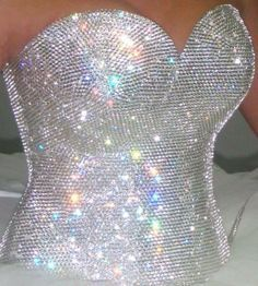 Wedding dresses strapless bling sparkle ball gowns ideas for 2019 Bling Bling, Bling Jeans, Glitter Make Up, Sparkles Glitter, Strapless Bustier, Gypsy Wedding, Glitz And Glam, Look Fashion, Just In Case