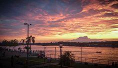 atardecer en Quibdo - Choco en Colombia a orillas del Rio Atrato