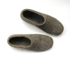 Mens Felted Slippers - Undyed Wool Shoes - Mens Shoes - Christmas in July - Minimalist Shoes - Indoo Wool Shoes, Felt Shoes, Minimalist Shoes, Minimalist Fashion, Christmas Gift For Dad, Mens Trends, Felted Slippers, Buy Shoes Online, Womens Slippers