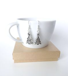 Hey, I found this really awesome Etsy listing at https://www.etsy.com/listing/208293059/christmas-tree-earrings-christmas